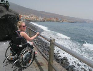 Manon aan de kust in Candelaria